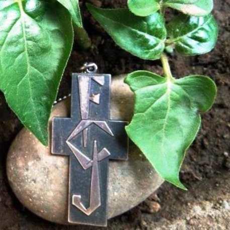 FCJ-badge-leaves-e1552932446612-690x690